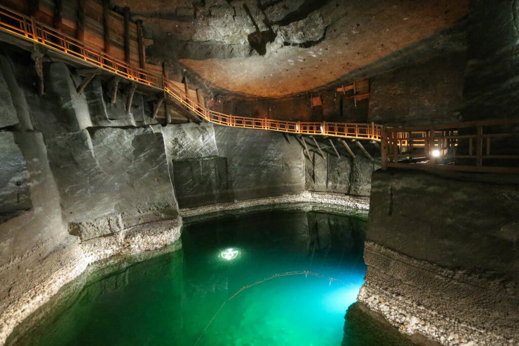 secrets of the wieliczka salt mine the scenic suitcase. Black Bedroom Furniture Sets. Home Design Ideas