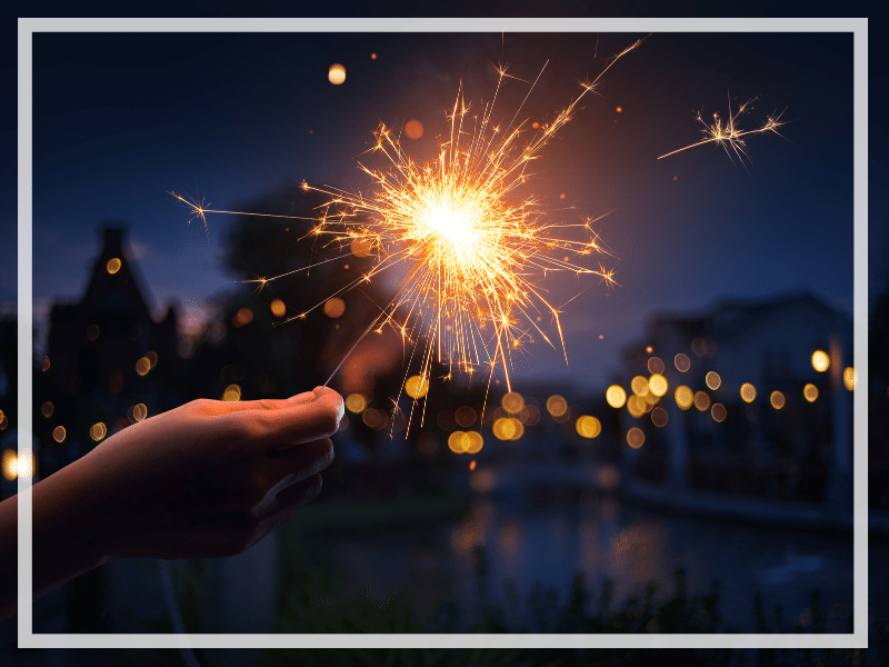 Curious how to capture amazing images of sparklers? Then check out these easy tips on how to photograph sparklers like a pro! And for more travel and photography tips, follow The Scenic Suitcase on Pinterest!